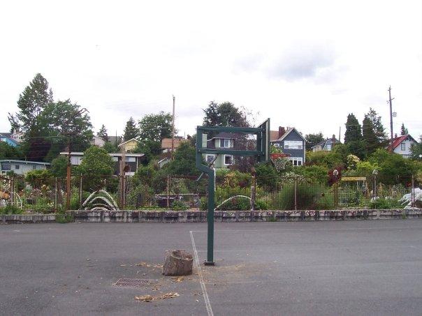 bradner gardens park - bball court